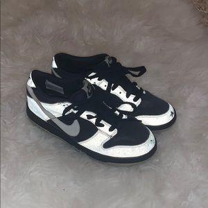 Nike dunks !